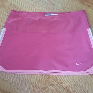 Nike size small women's tennis skirt